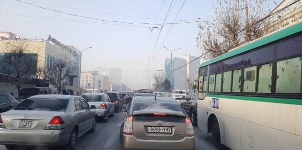 Автомашины улсын дугаар шинэчлэх асуудлыг цуцалжээ