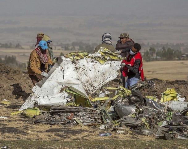 """Видео: """"Бойнг 737"""" нисэх онгоц осолдохоос өмнөх хоромыг зорчигч утсандаа бичжээ"""