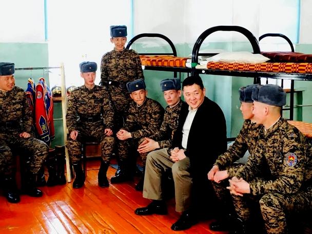 """УИХ-ын дэд дарга, МАН-ын дарга М.Энхболд: """"Монгол цэргийн өдөр""""-ийн мэндчилгээ"""